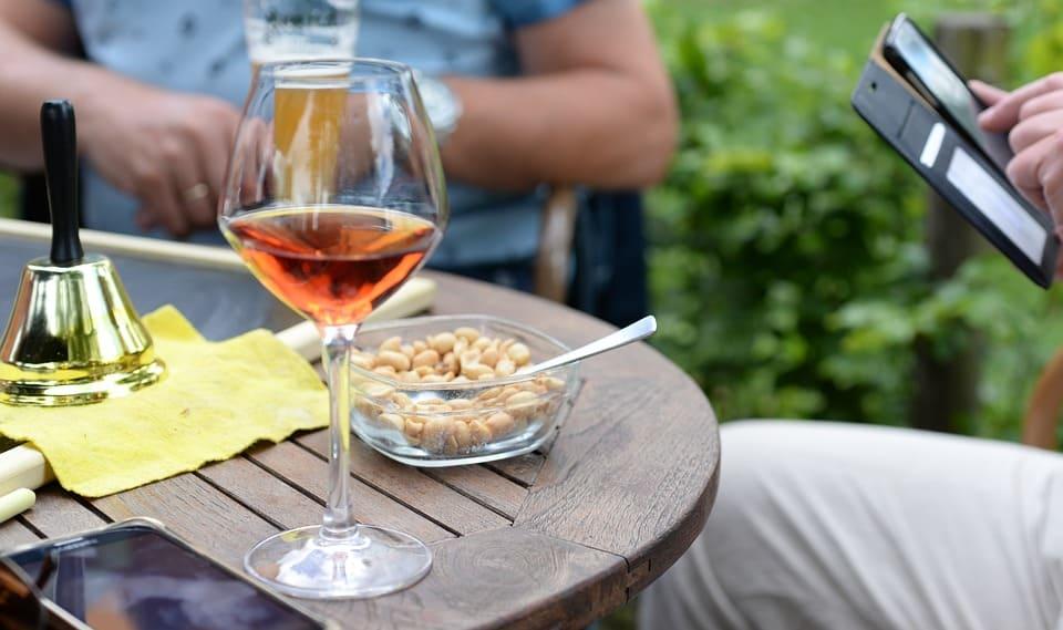 vin rosé apéritif- Tout sur le Vin